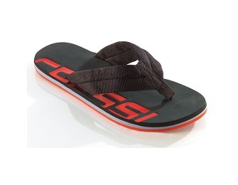 Beach and pool footwear